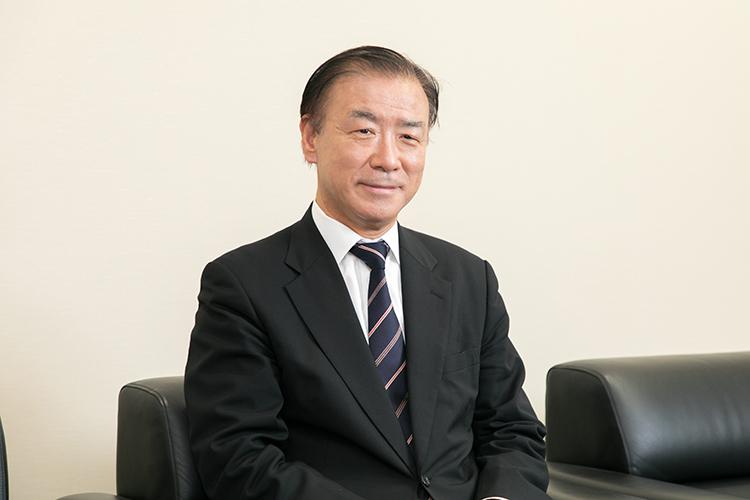 西田 俊朗院長