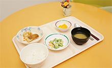 管理栄養士が栄養バランスと塩分・調味料を0.1g単位で調整