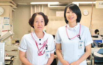事務所が一体となっている受付。明るいスタッフが患者やその家族を出迎える