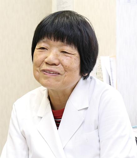 週3 回、内科の診療を担当する町田先生