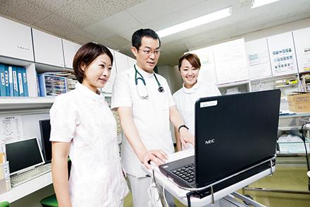スタッフとの連携により、患者の健康状態を把握