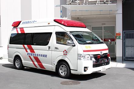 大幅な機能強化を図り、ドクターカーを導入。他院からの患者搬送にも力を入れる