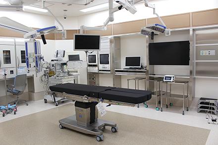 がん疾患に対応すべく外科の強化も図 り、手術室を拡充