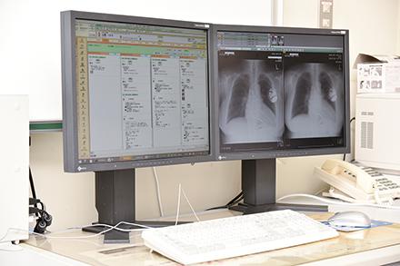 検査画像もデジタルデータで一括管理。過去画像をいつでも引き出して比較が可能