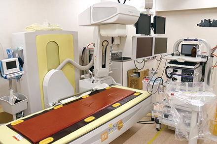 先進の内視鏡検査機器や高解像度食道内圧測定器などを導入し、正確な診断をめざしている