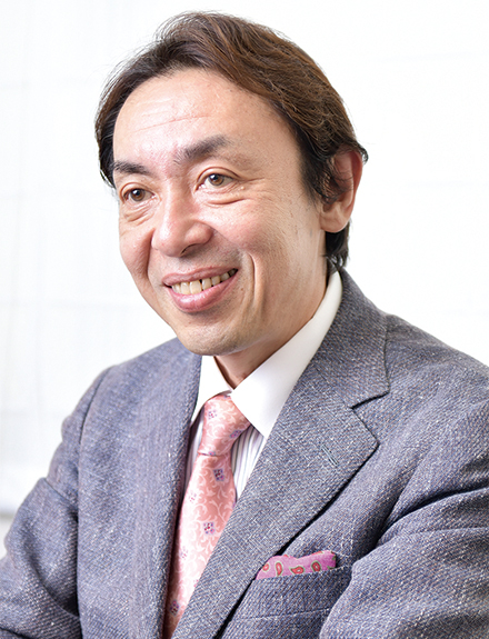 汲田 伸一郎病院長