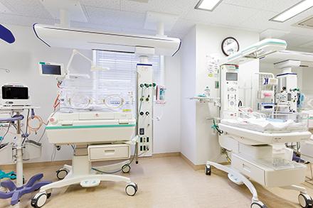 産科、小児科が協力しあい、小さな命を守る