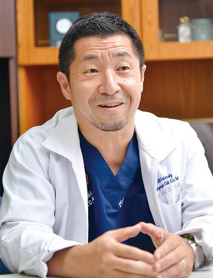 救急科長の土肥謙二先生。救急診療や災害医療のみならず、地域住民向けの啓発にも力を注ぐ