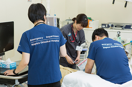 若手医師が成長しやすい環境を整え、多くの救急専従医を輩出してきた