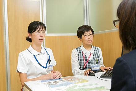 多職種が協力し、入退院に伴う不安に寄り添う