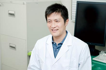 脳神経外科の和久井大輔先生。脳血管疾患を専門とする
