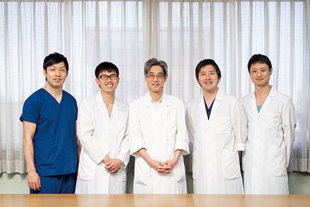 低侵襲手術を積極的に取り入れ、終末期の患者や、高齢者、合併症のある患者にも対応