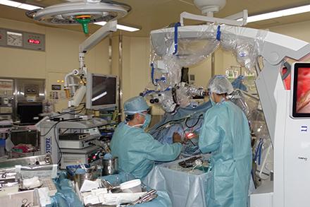 それぞれの患者に合った術法で治療を進める