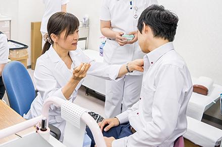アトピー性皮膚炎に対する生物学的製剤治療のほかに、特発性慢性蕁麻疹の治療や、入院でのアレルギー検査も開始した