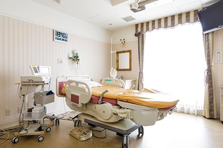 陣痛室から分娩室へと部屋を移ることなく、リラックスして出産ができるLDR